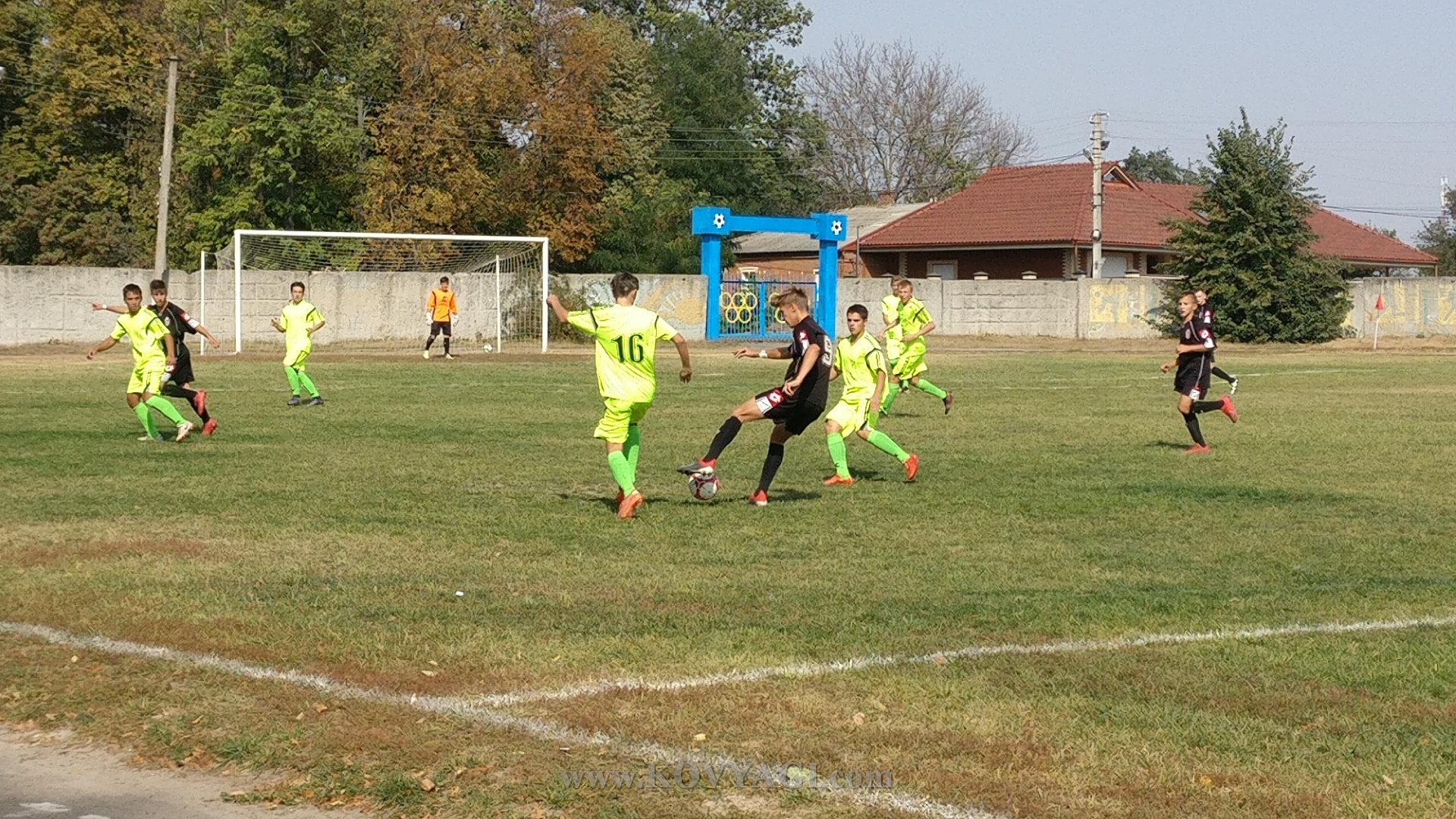 football-mayak-kolos-u17-11
