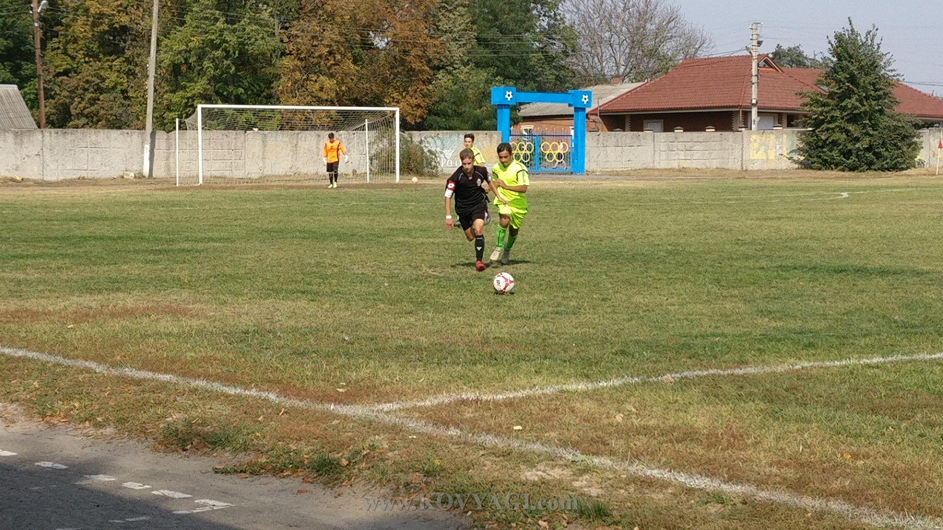 football-mayak-kolos-u17-13