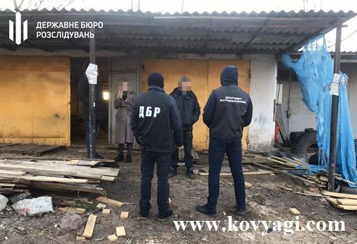 Поліцейські «кришували» групу «чорних лісорубів»: орієнтовні збитки державі 300 млн грн