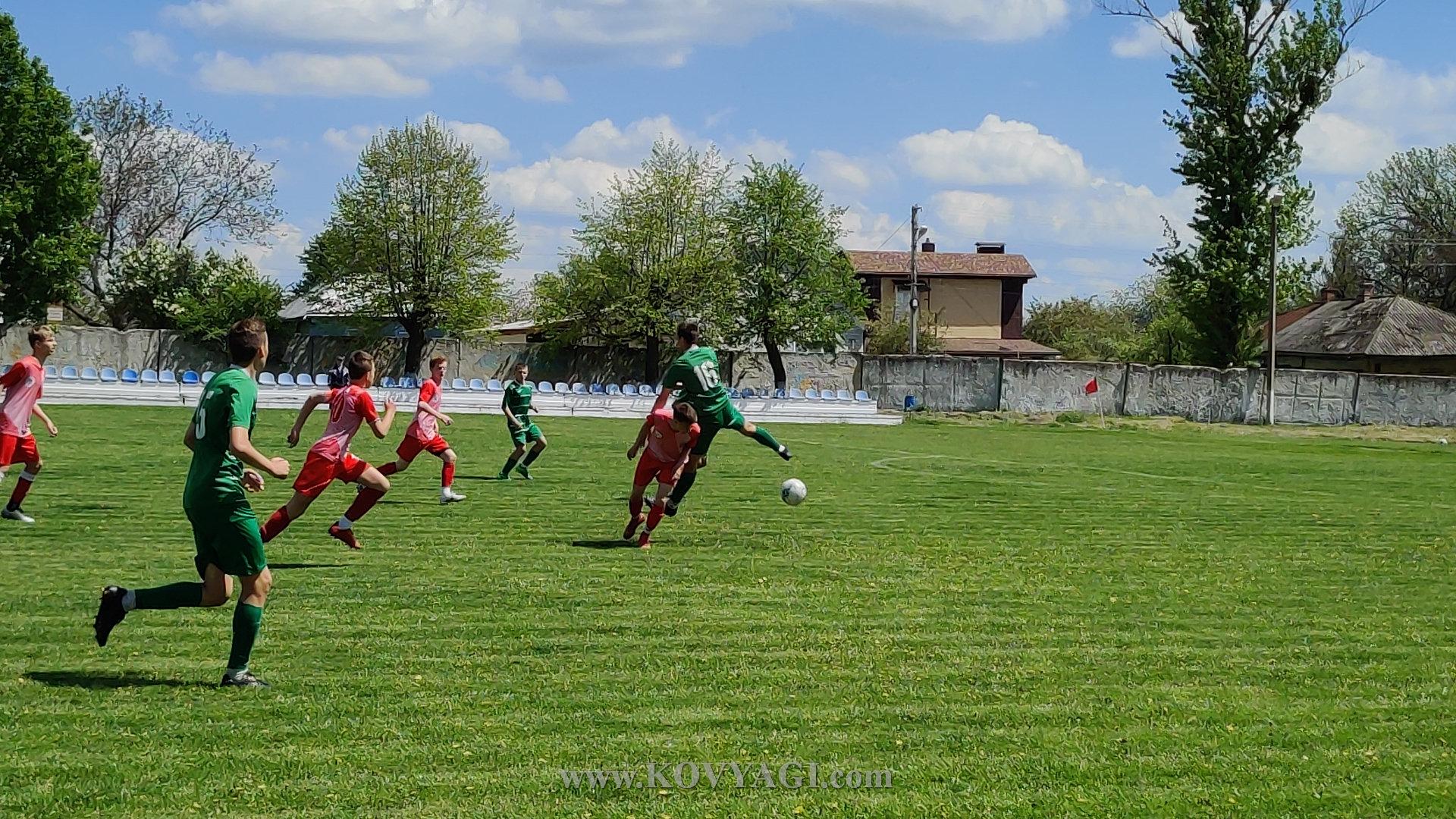 football-mayak-lolifks-U17-06