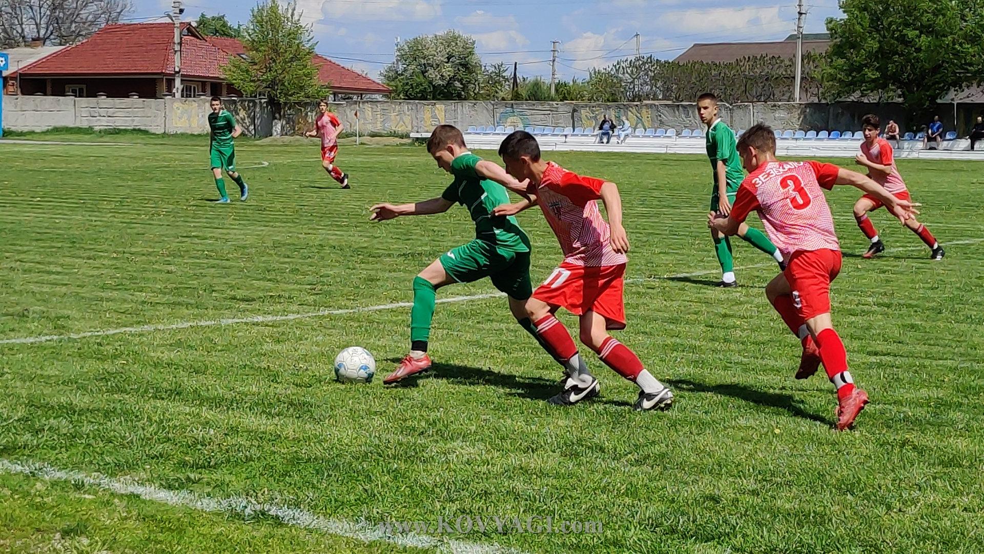 football-mayak-lolifks-U17-13
