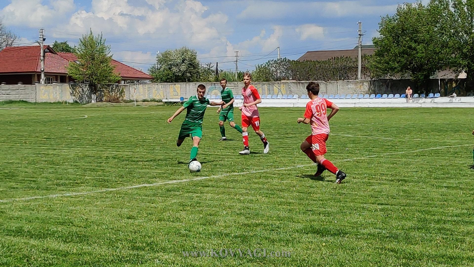 football-mayak-lolifks-U17-17